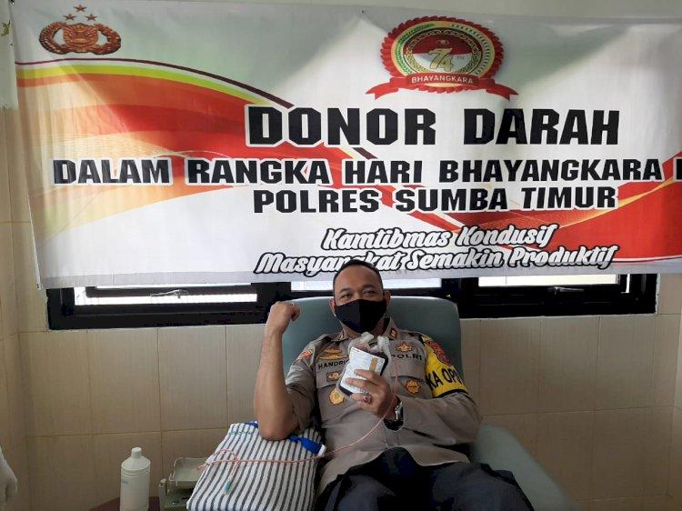 Sambut Hari Bhayangkara ke 74, Polres Sumba Timur dan Bhayangkari Gelar Donor Darah