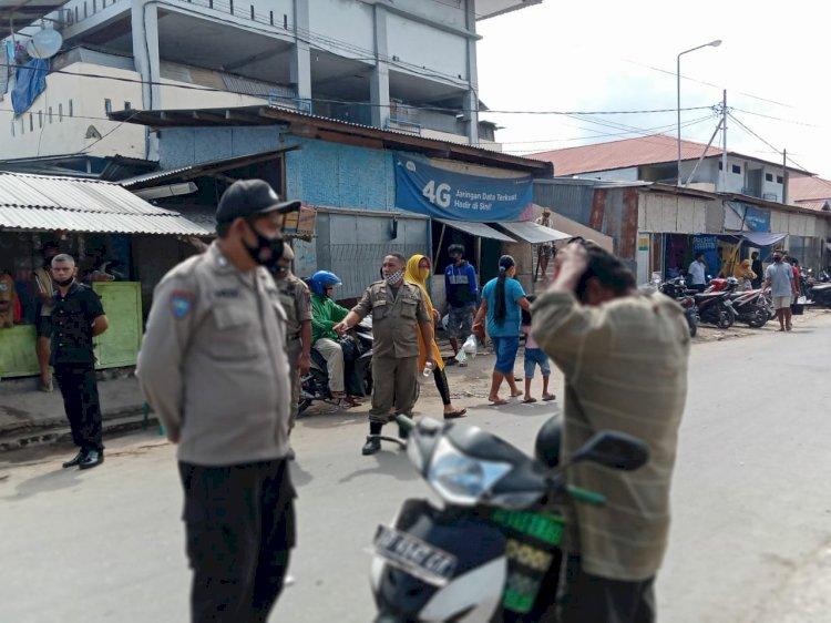 Gabungan TNI Polri di Sumba Timur Gelar Penertiban Penggunaan Masker