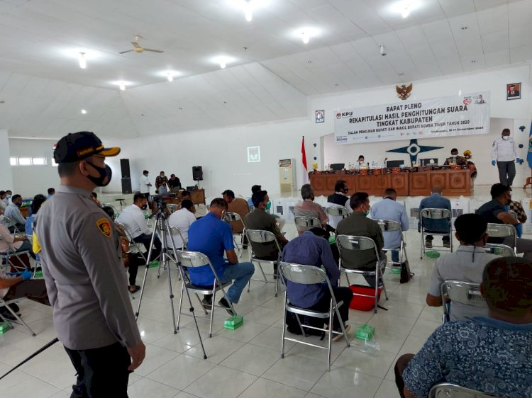 Kapolres Sumba Timur Pantau Langsung Rapat Pleno Tingkat Kabupaten