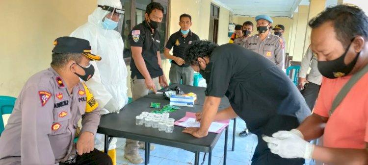 Puluhan Anggota Polres Sumba Timur Tes Urine Mendadak, Ini Hasilnya