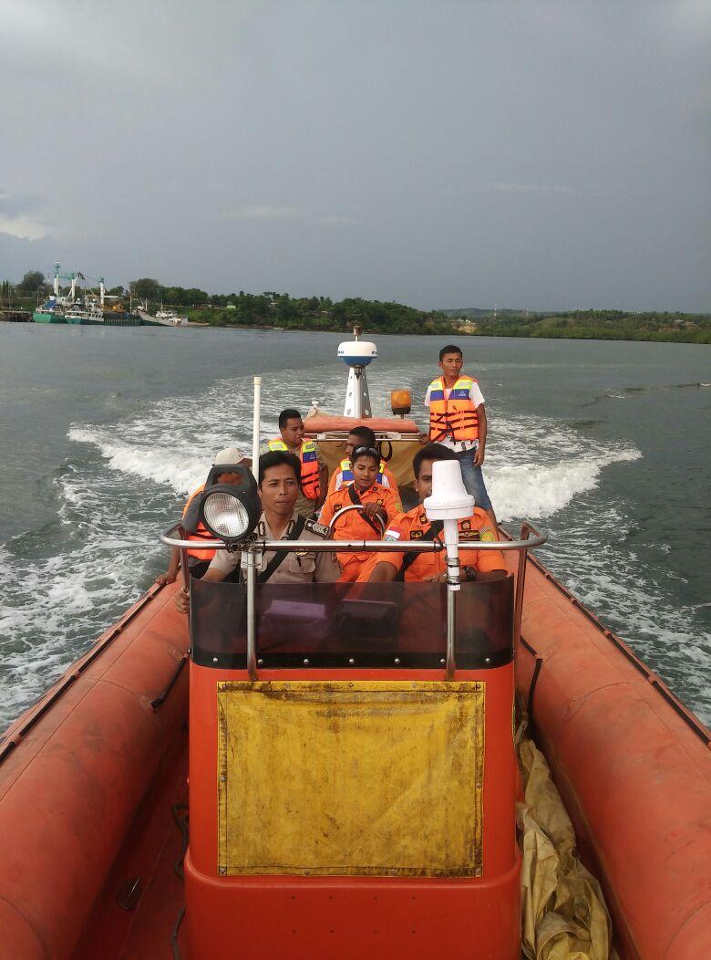 Pos KP3 Laut Gandeng SAR Waingapu, Laksanakan Patroli Laut