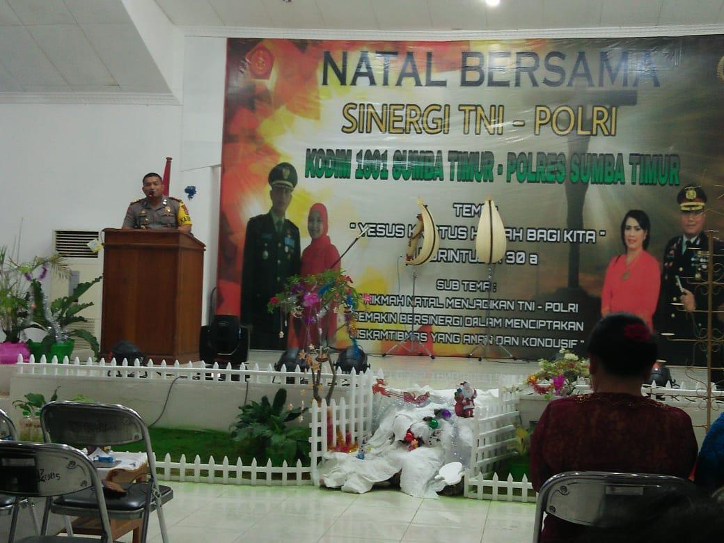 Polres Sumba Timur dan Kodim 1601 Sumba Timur Rayakan Natal Bersama Sinergi TNI Polri