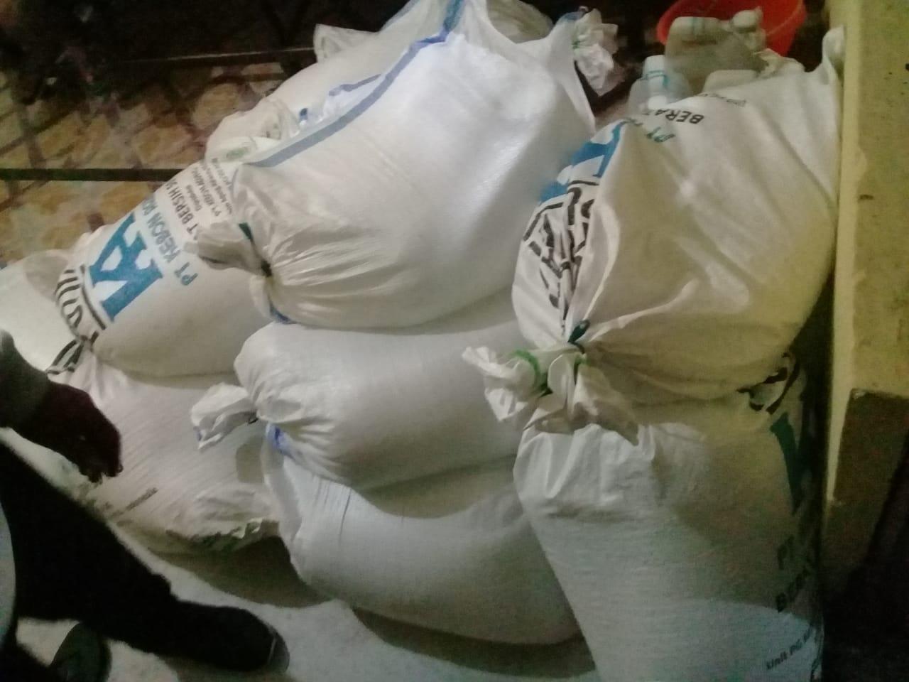 Polres Sumba Timur Gagalkan Pengiriman Ratusan Liter Pineraci ke Sumba Barat