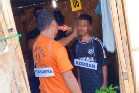 Polres Sumba Timur Rekonstruksi Kasus Pembunuhan Dengan Modus Gantung Diri